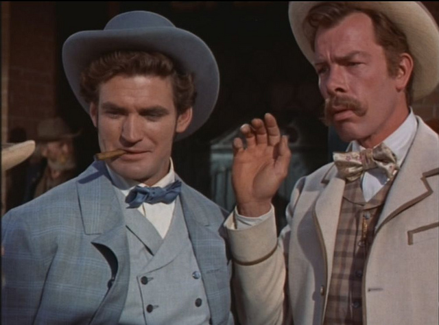 "Rod Taylor as Garwood P. Jones & Lee Marvin as Orville ""Flash"" Perkins"